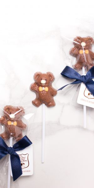 Teddy Bear - Milk chocolate lollipop