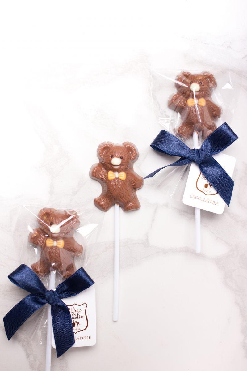 Teddy Bear - Milk chocolate lollipop